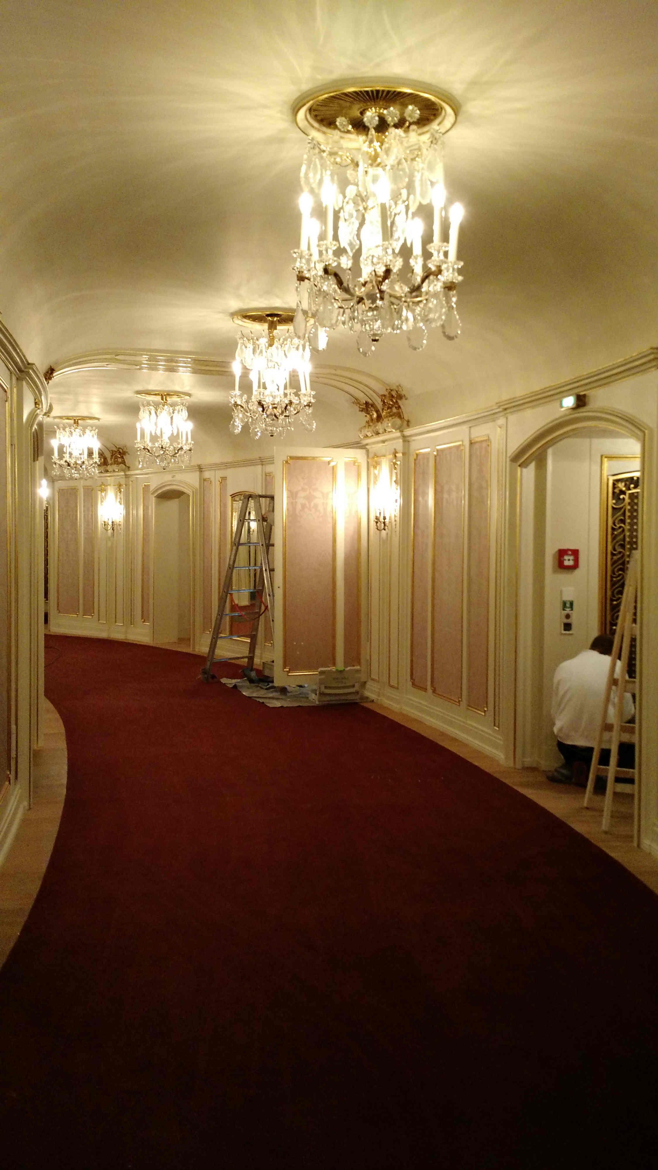 Berlin Opera House corridor - Power Gems